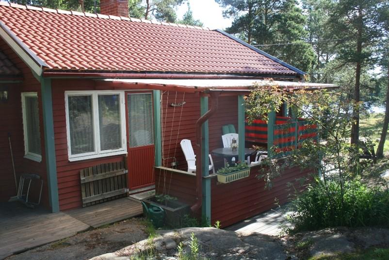 ferienhaus 1799 sch nes ferienhaus in idyllischer natur s dermanland. Black Bedroom Furniture Sets. Home Design Ideas