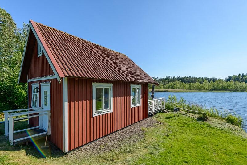 haus smaland 46 incoming center of scandinavia ab. Black Bedroom Furniture Sets. Home Design Ideas