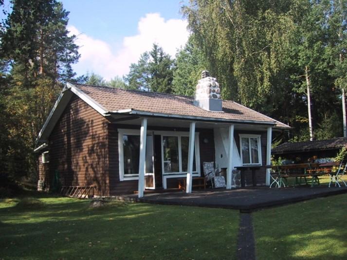 ferienhaus 831 ferienhaus mit seegrundst ck in ruhiger umgebung sm land. Black Bedroom Furniture Sets. Home Design Ideas
