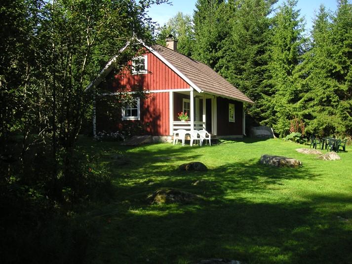 ferienhaus 1049 gem tliches ferienhaus in schwedens idyllischer natur sm land. Black Bedroom Furniture Sets. Home Design Ideas