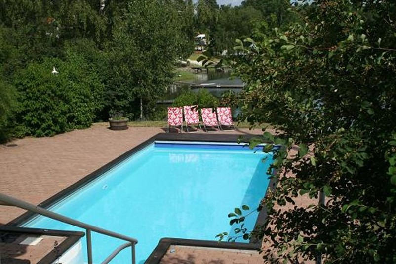 ferienhaus 1221 luxus villa mit einer traumlage stockholm. Black Bedroom Furniture Sets. Home Design Ideas