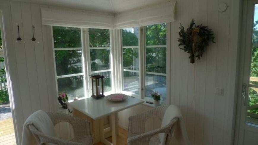 ferienhaus 1218 feines haus bei vaxholm stockholm. Black Bedroom Furniture Sets. Home Design Ideas
